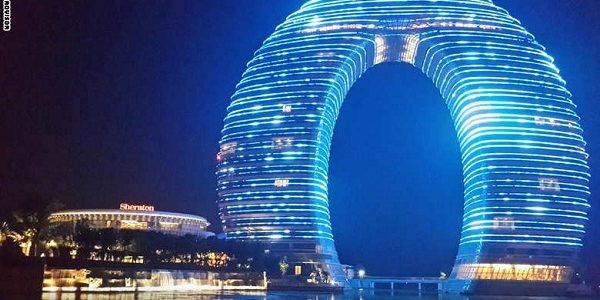 اغرب 10 فنادق في العالم