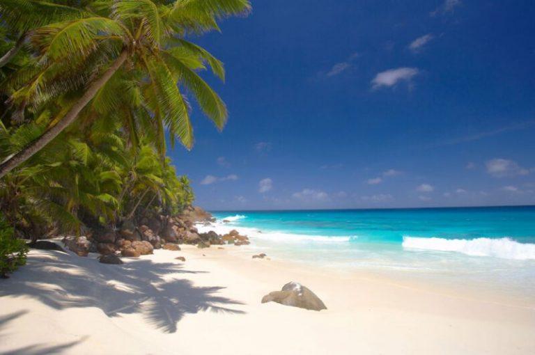 من أجمل جزر المحيط الهندي جزيرة سيشل - موقع بيت العز