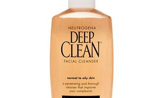 طريقة تنظيف الوجه بطريقة صحيحة