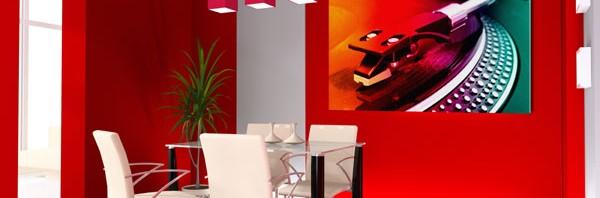 غرف طعام باللون الاحمر