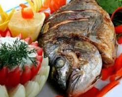 سمك السلمون بالخضار
